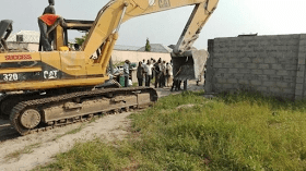 Photos: Families left homeless after their houses are destroyed by the Lagos state government